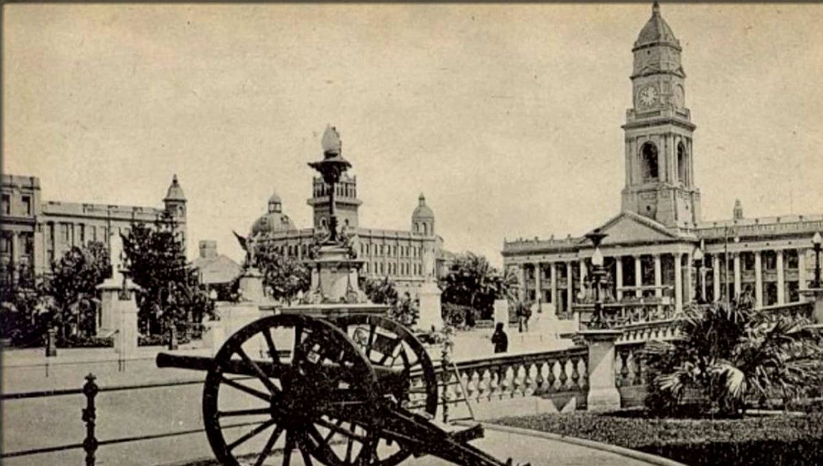 an old photo of Durban
